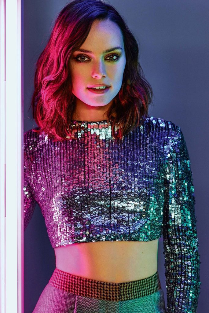 Daisy-Ridley-Navel-Images