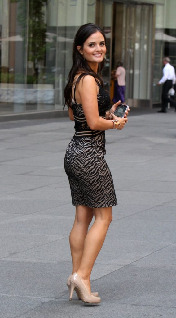 Danica-McKellar-Sexy-Butt-Pics