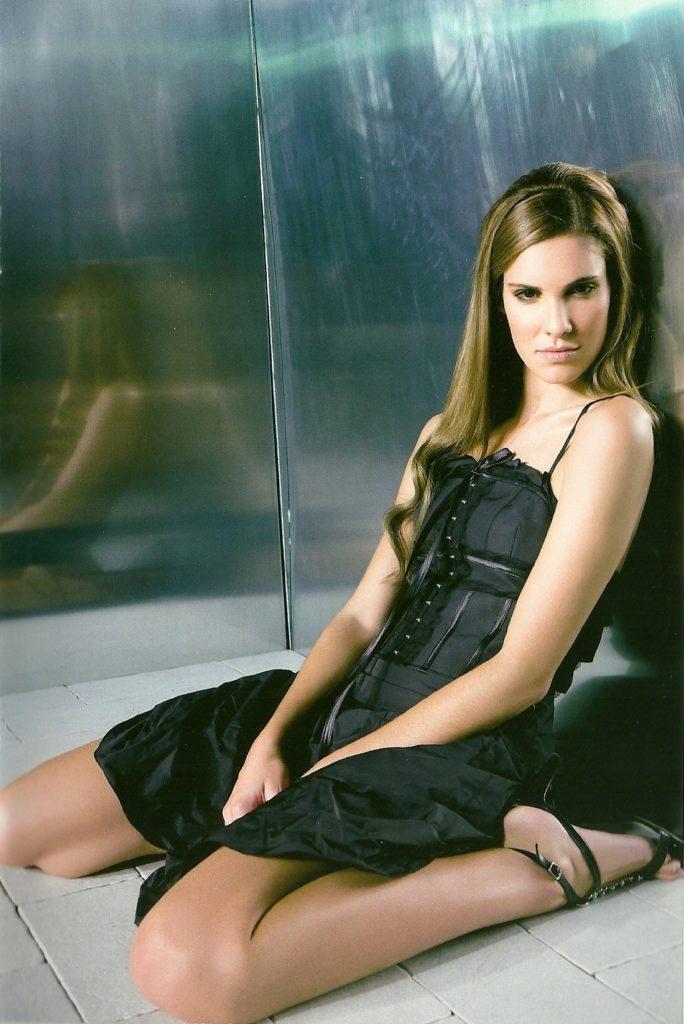 Daniela-Ruah-Sexy-Body-Photos