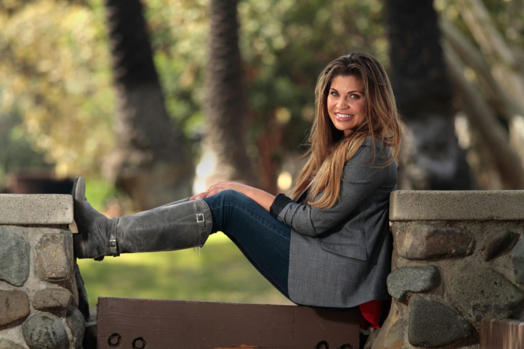 Danielle-Fishel-Jeans-Wallpapers