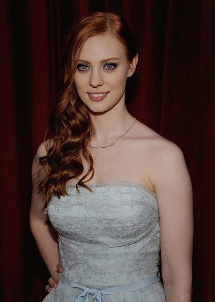 Deborah-Ann-Woll-Hot-Sexy-Pictures
