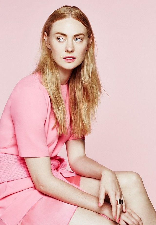 Deborah-Ann-Woll-Legs-Pics