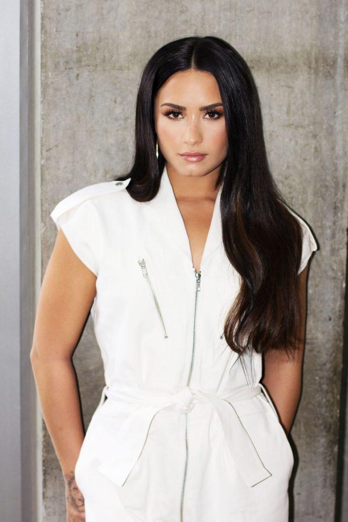 Demi-Lovato-Muscles-Pics