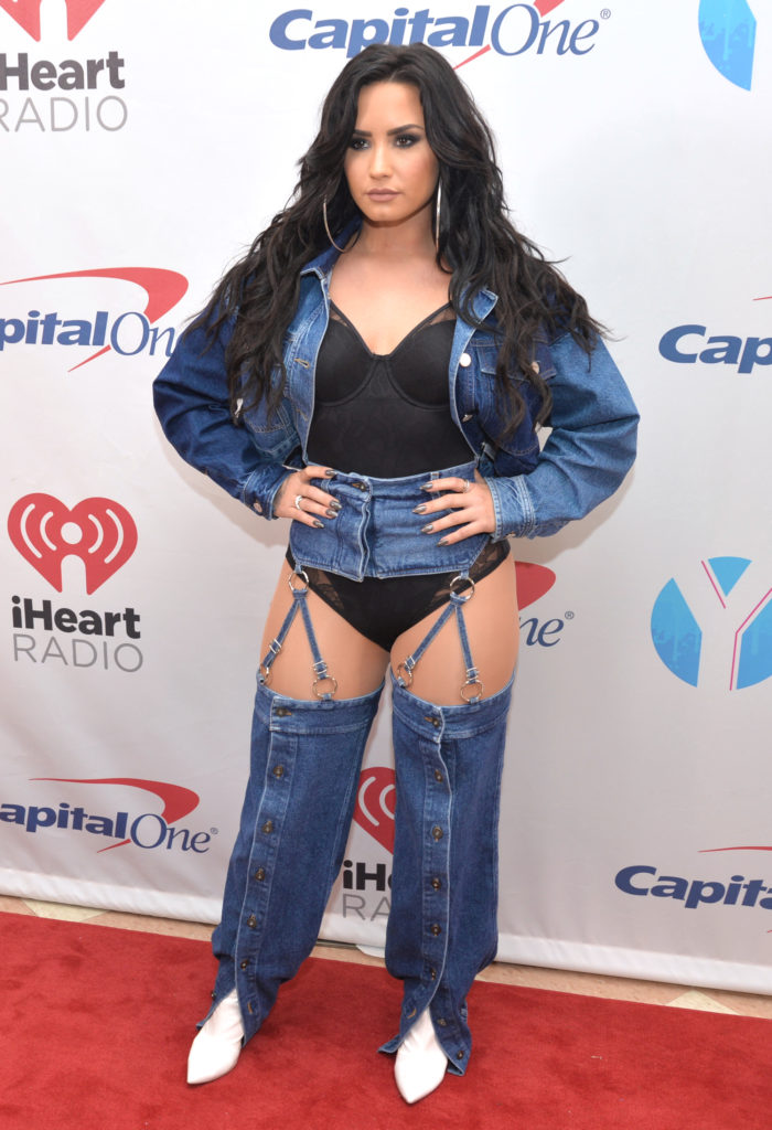 Demi-Lovato-Undergarments-Pictures