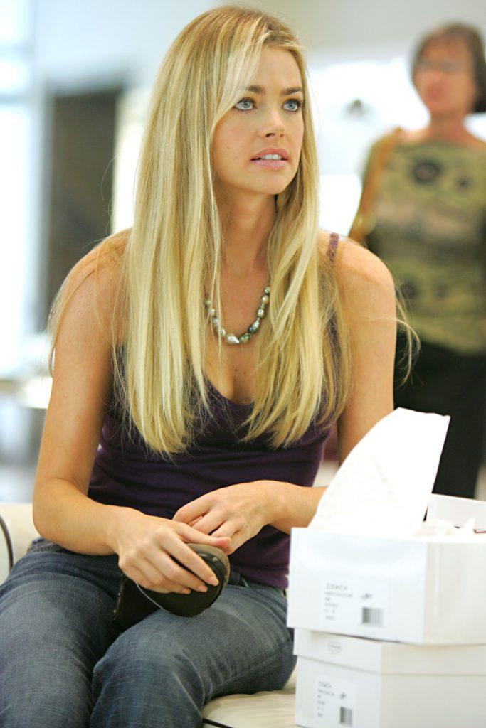 Denise-Richards-Jeans-Images