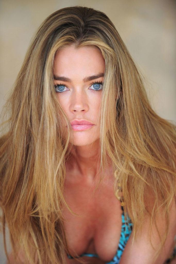 Denise-Richards-Topless-Photos