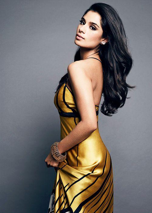 Diane-Guerrero-Backless-Pics