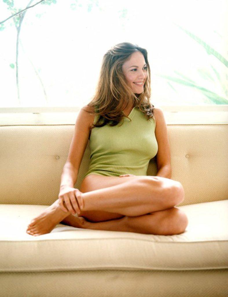 Diane-Lane-Swimsuit-Images