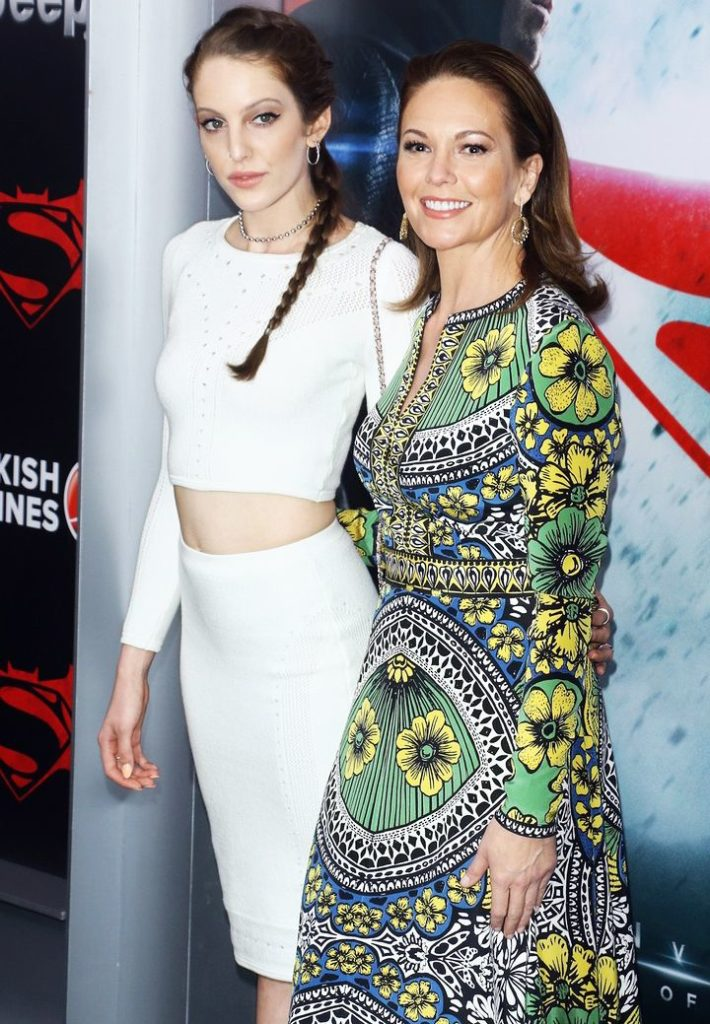 Diane-Lane-With-Her-Daughter-Pics
