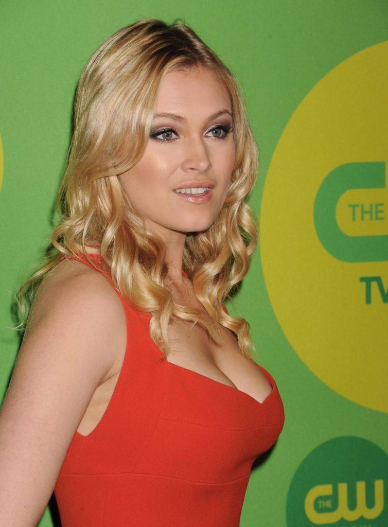 Eliza-Taylor-Hot-Images