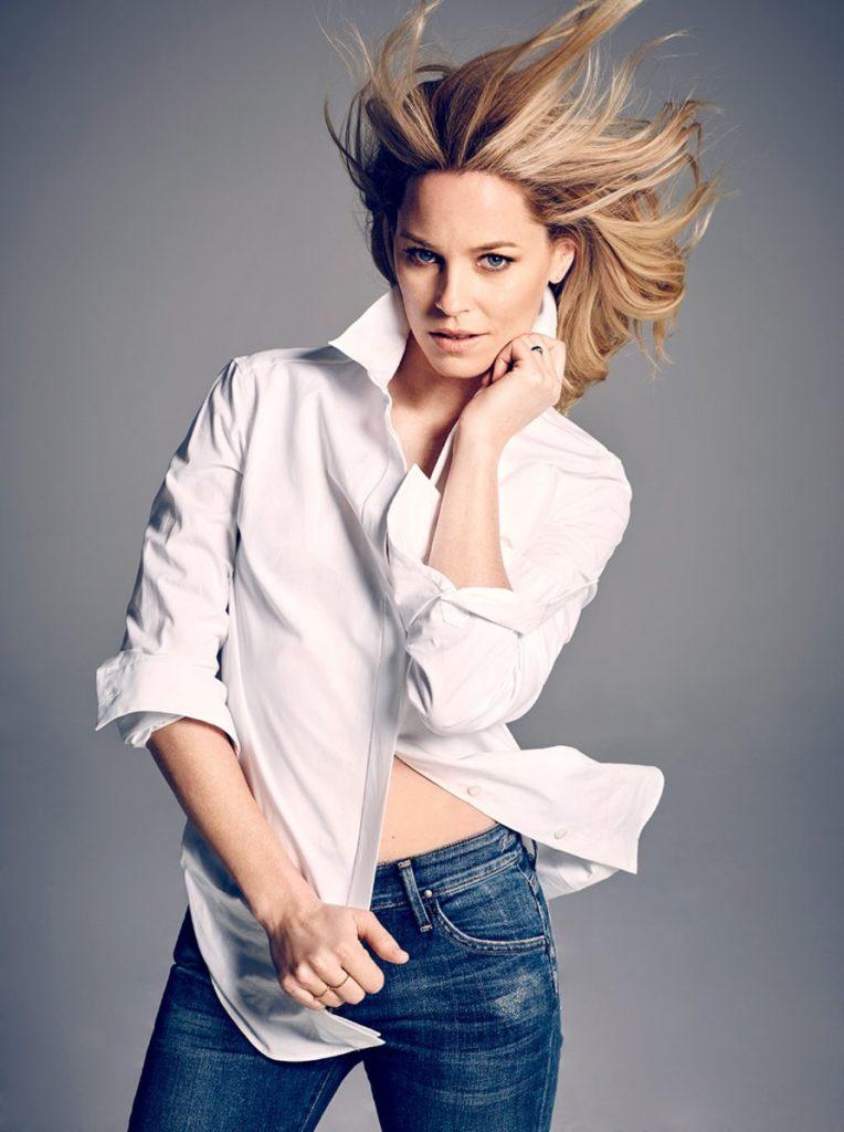 Elizabeth-Banks-Jeans-Wallpapers