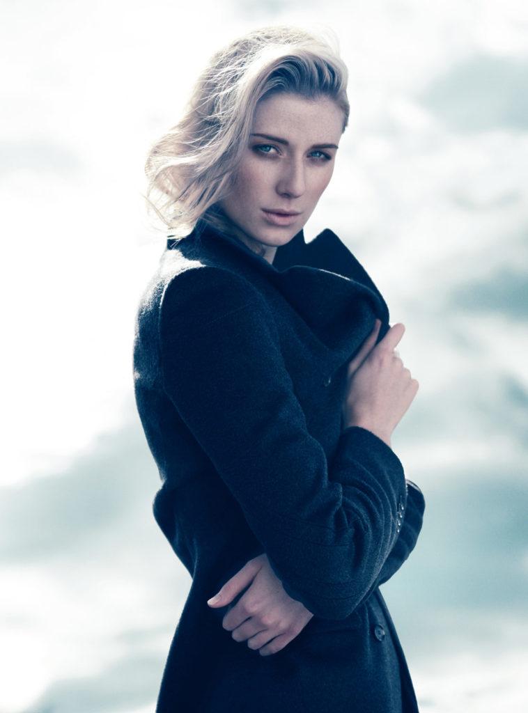 Elizabeth-Debicki-Hot-Photoshoot