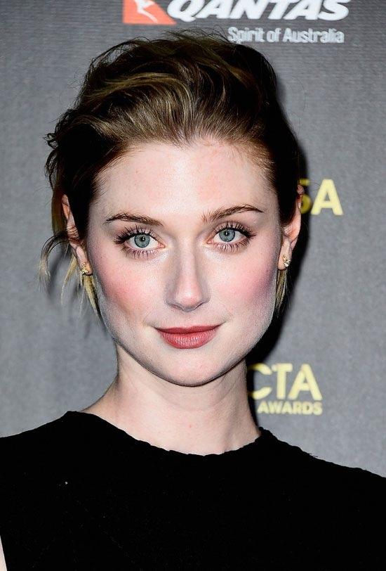 Elizabeth-Debicki-Makeup-Photos