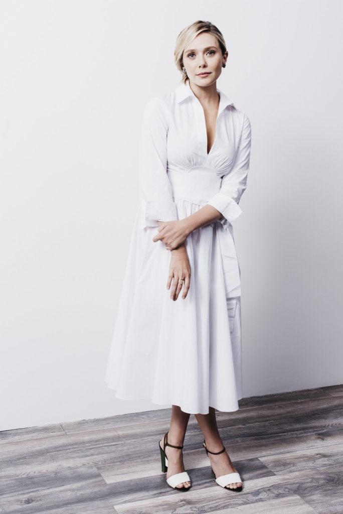 Elizabeth-Olsen-Feet-Images