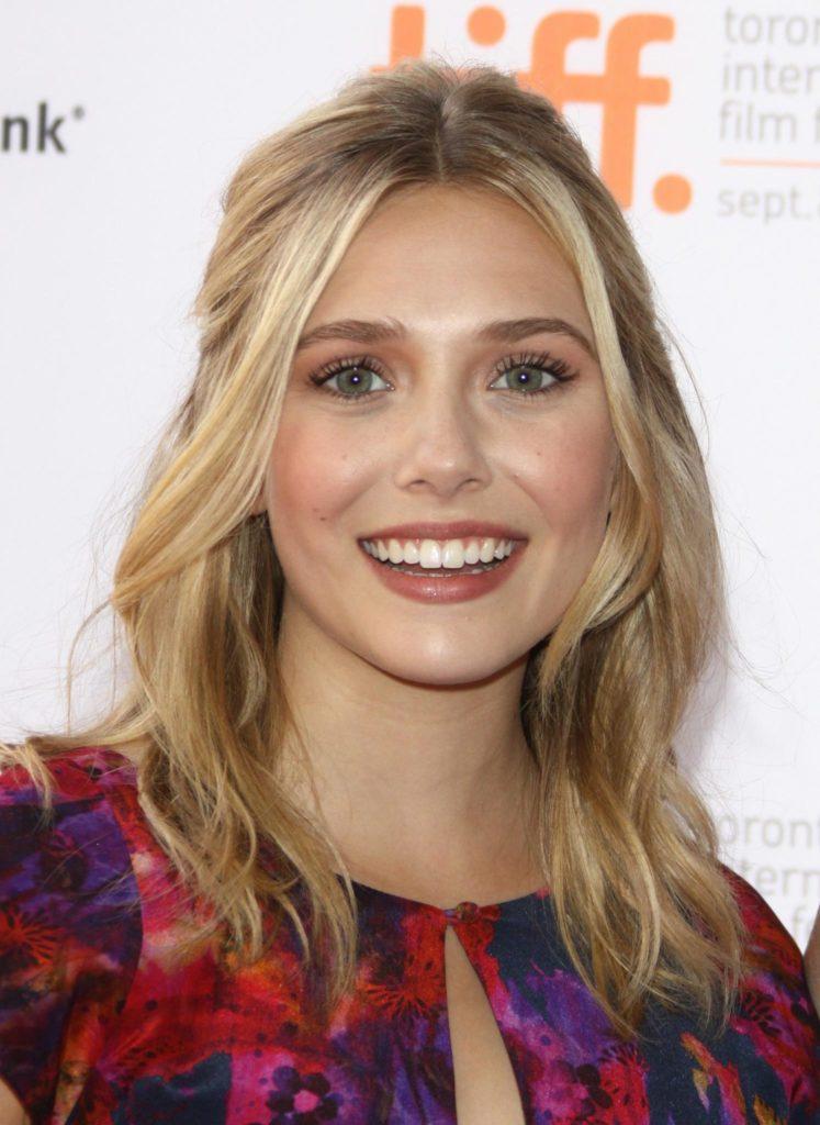Elizabeth-Olsen-Smiling-Images