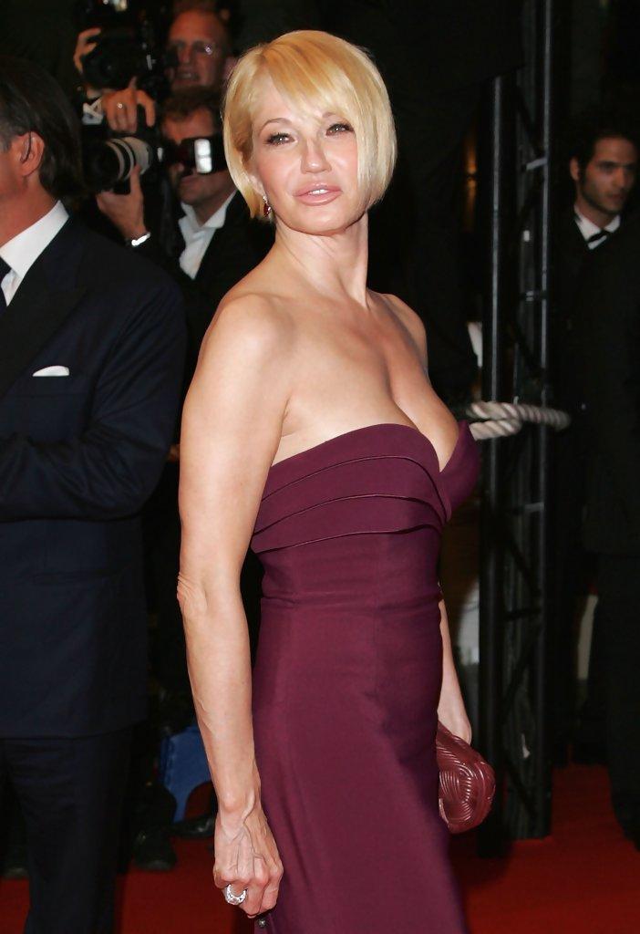 Ellen-Barkin-Hot-Body-Photos
