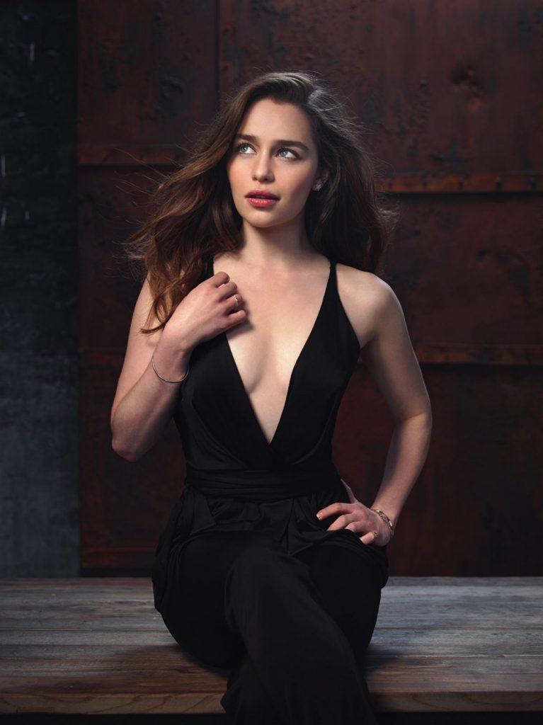 Emilia-Clarke-Hot-Body-Pics
