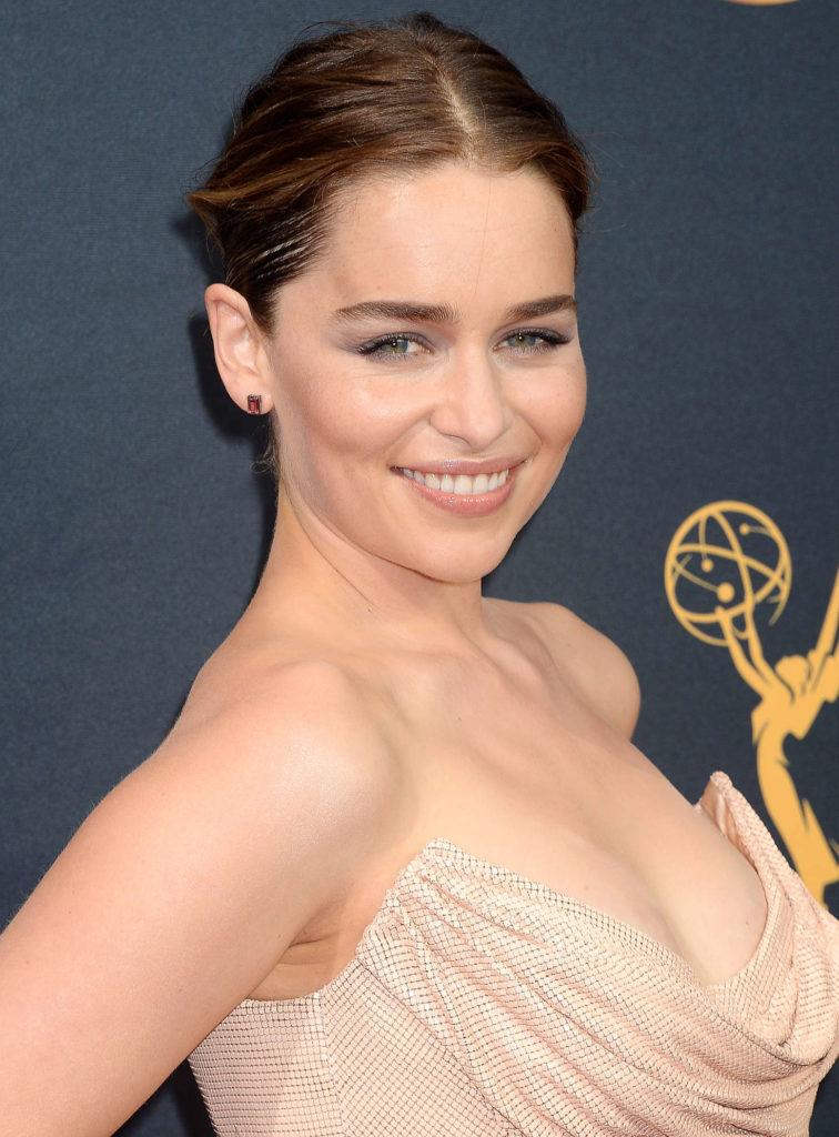 Emilia-Clarke-Makeup-Photos