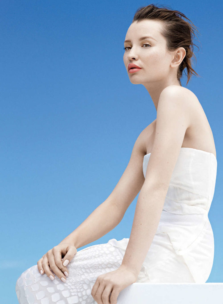 Emily-Browning-Backless-Images