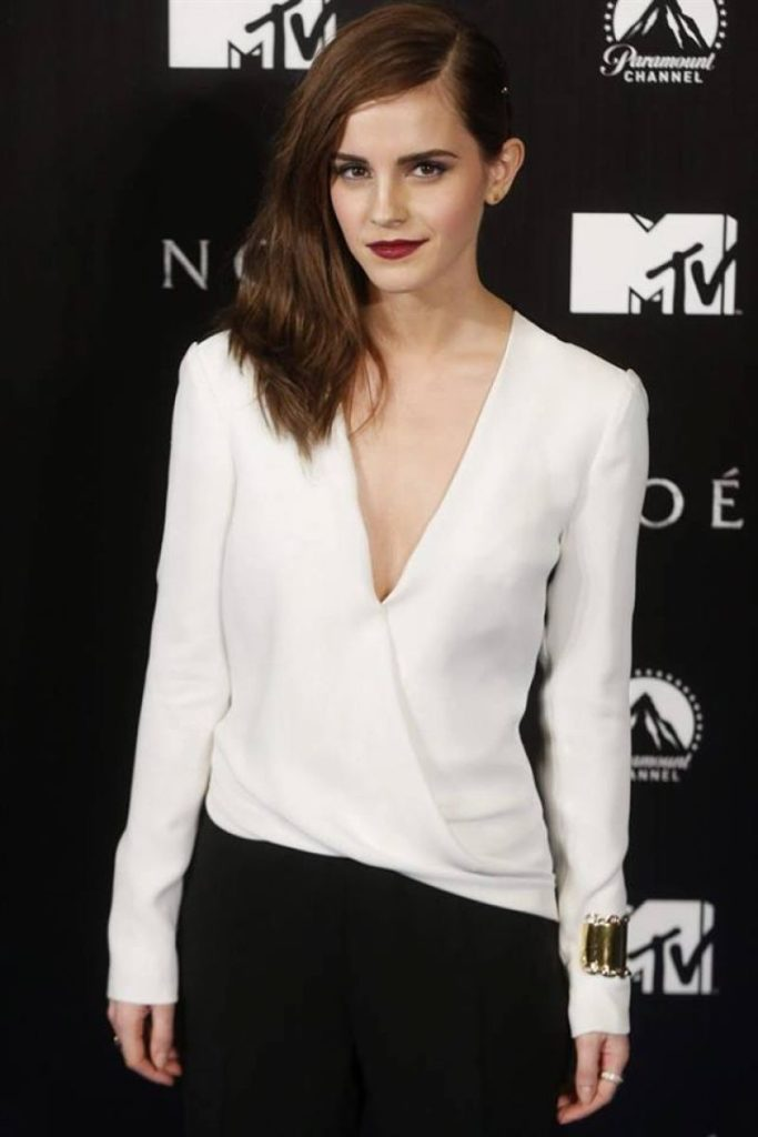 Emma-Watson-Jeans-Pics