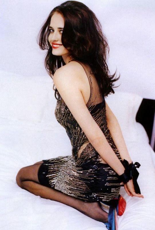 Eva-Green-Backless-Pics