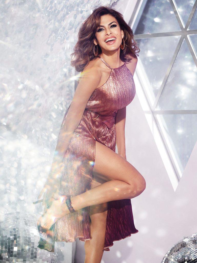 Eva-Mendes-Thighs-Photos