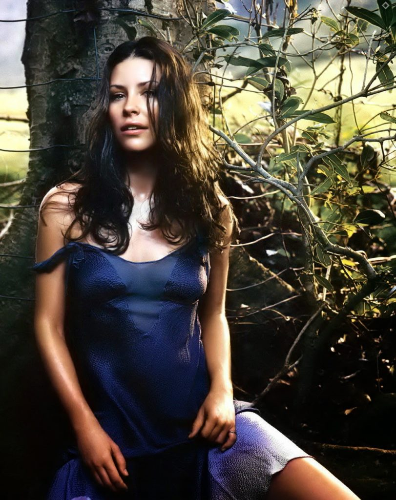 Evangeline-Lilly-Hot-Body-Images