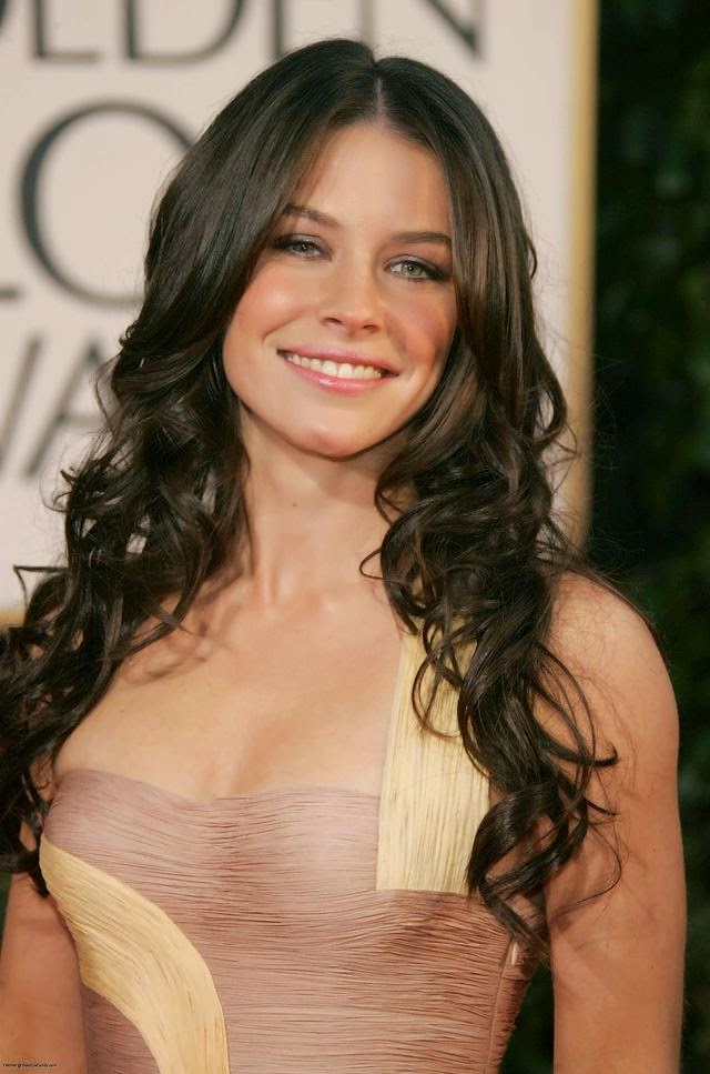 Evangeline-Lilly-Muscles-Pics