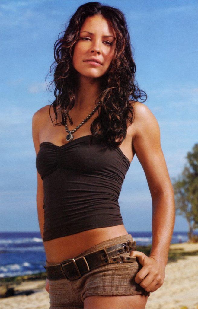 Evangeline-Lilly-Navel-Pics