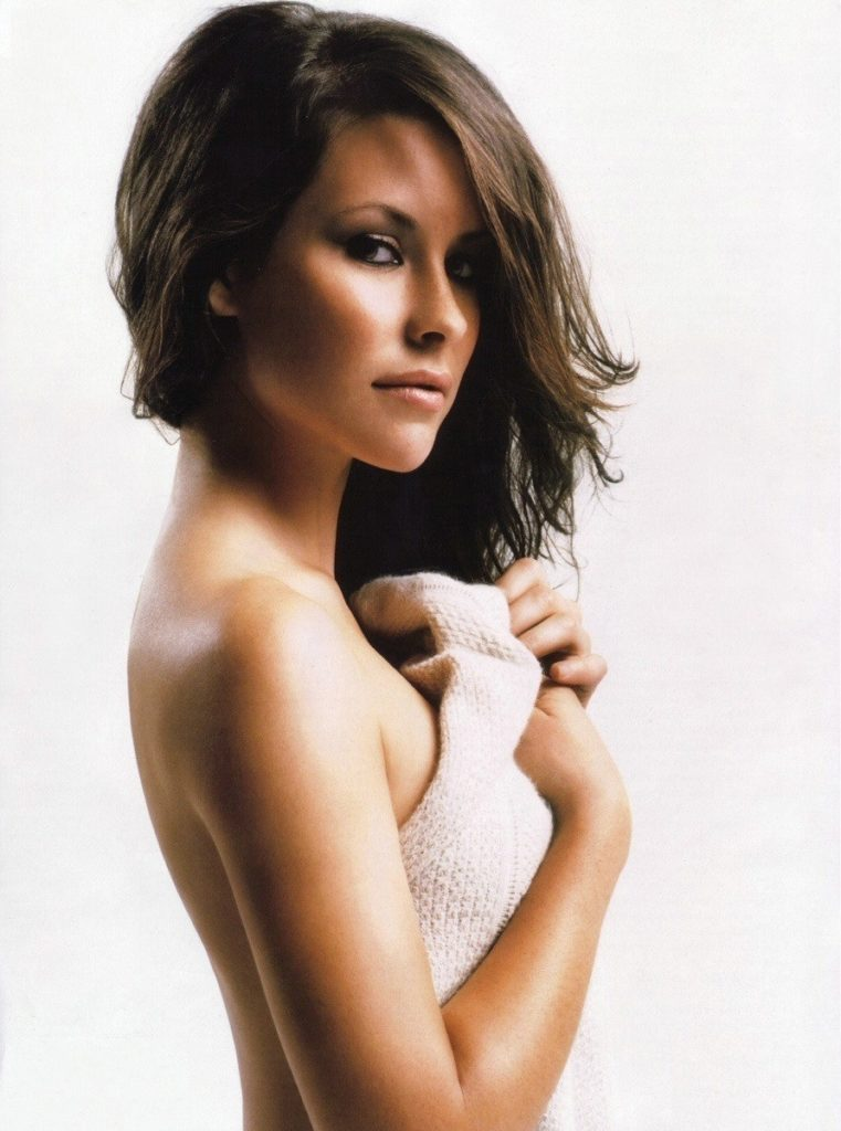Evangeline-Lilly-Topless-Photos