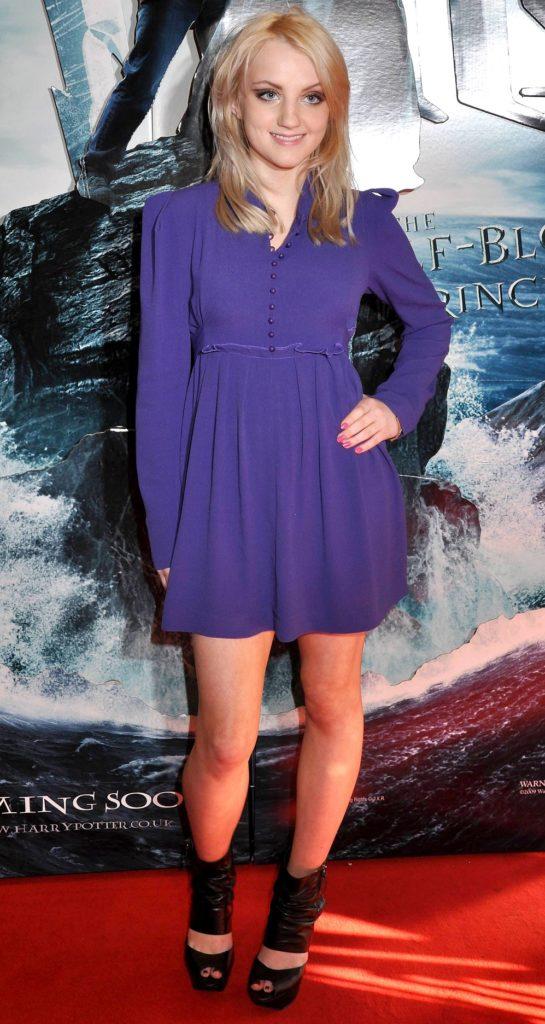 Evanna-Lynch-Feet-Pics