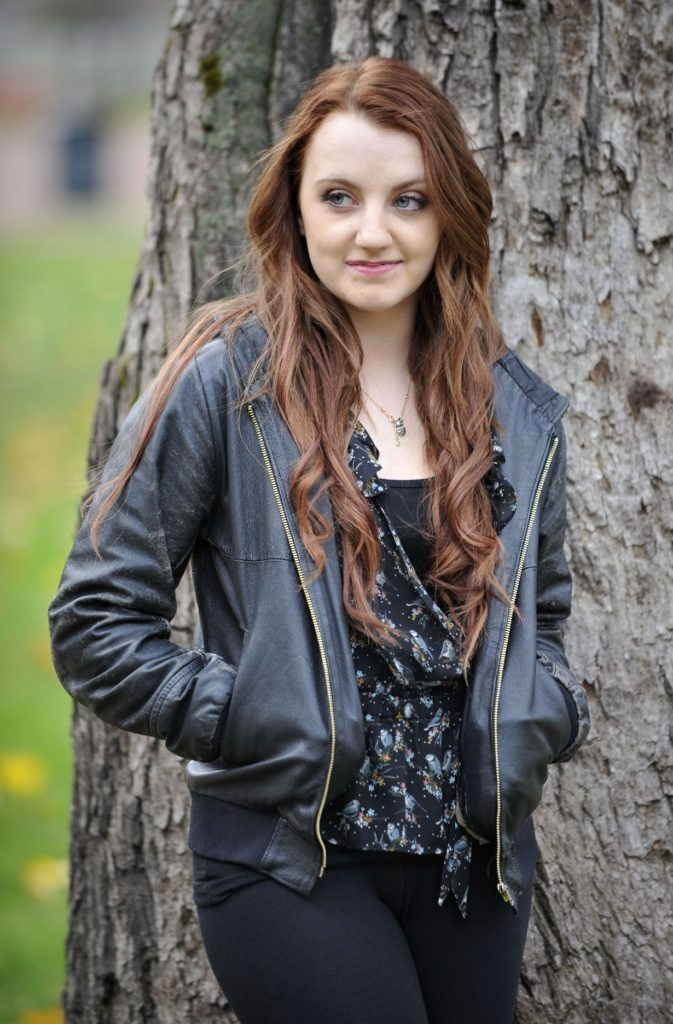 Evanna-Lynch-Jeans-Pictures