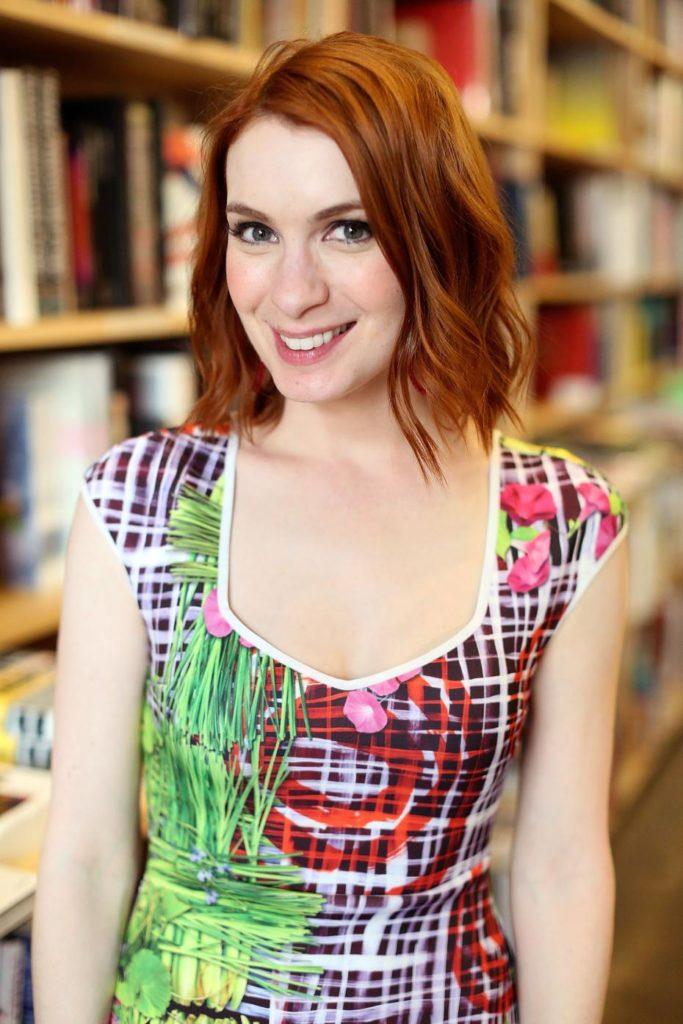 Felicia-Day-Breast-Photos
