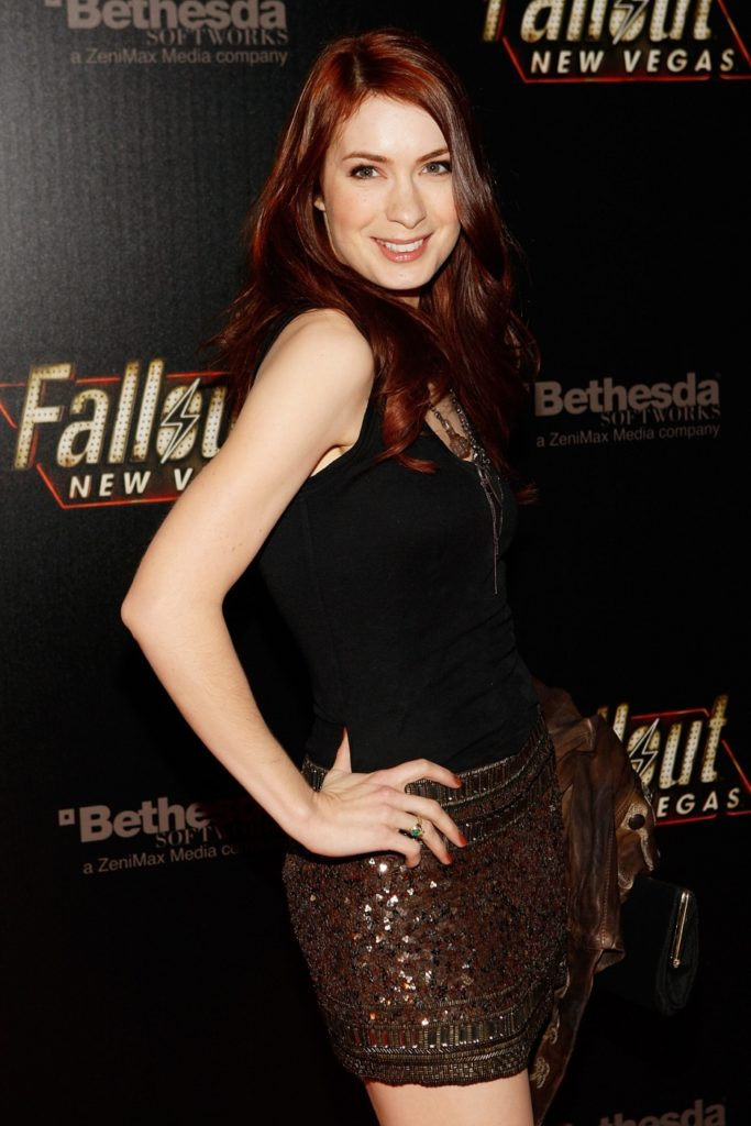 Felicia-Day-Thighs-Pics