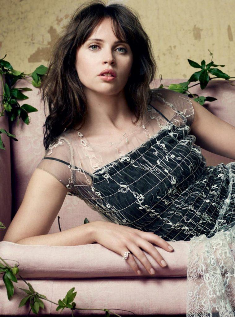 Felicity-Jones-Armpits-Pics