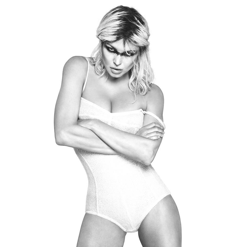 Fergie-Bikini-Pics