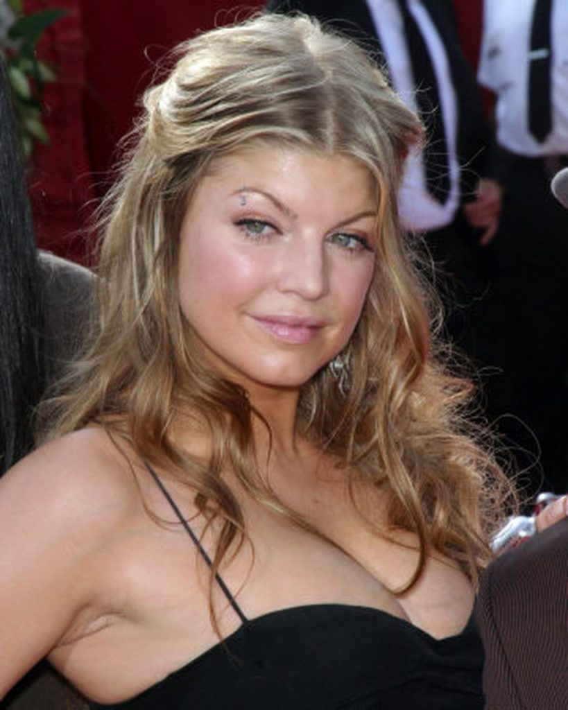 Fergie-Topless-Images