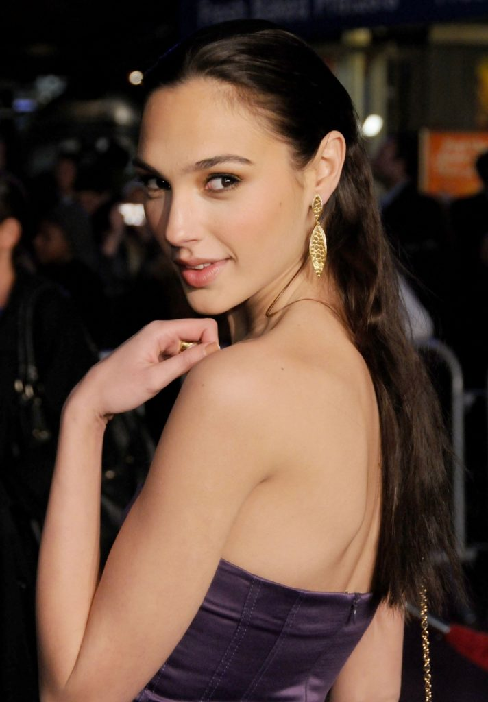 Gal-Gadot-Backless-Images