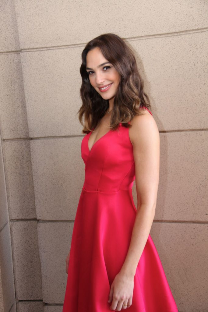 Gal-Gadot-Muscles-Images