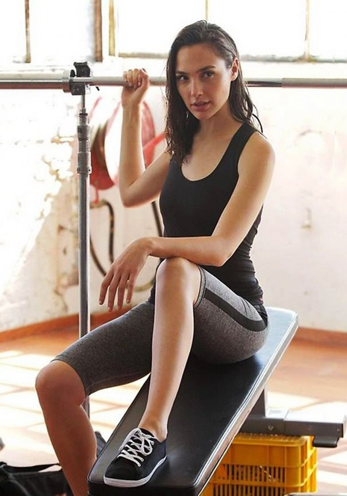 Gal-Gadot-Workout-Images