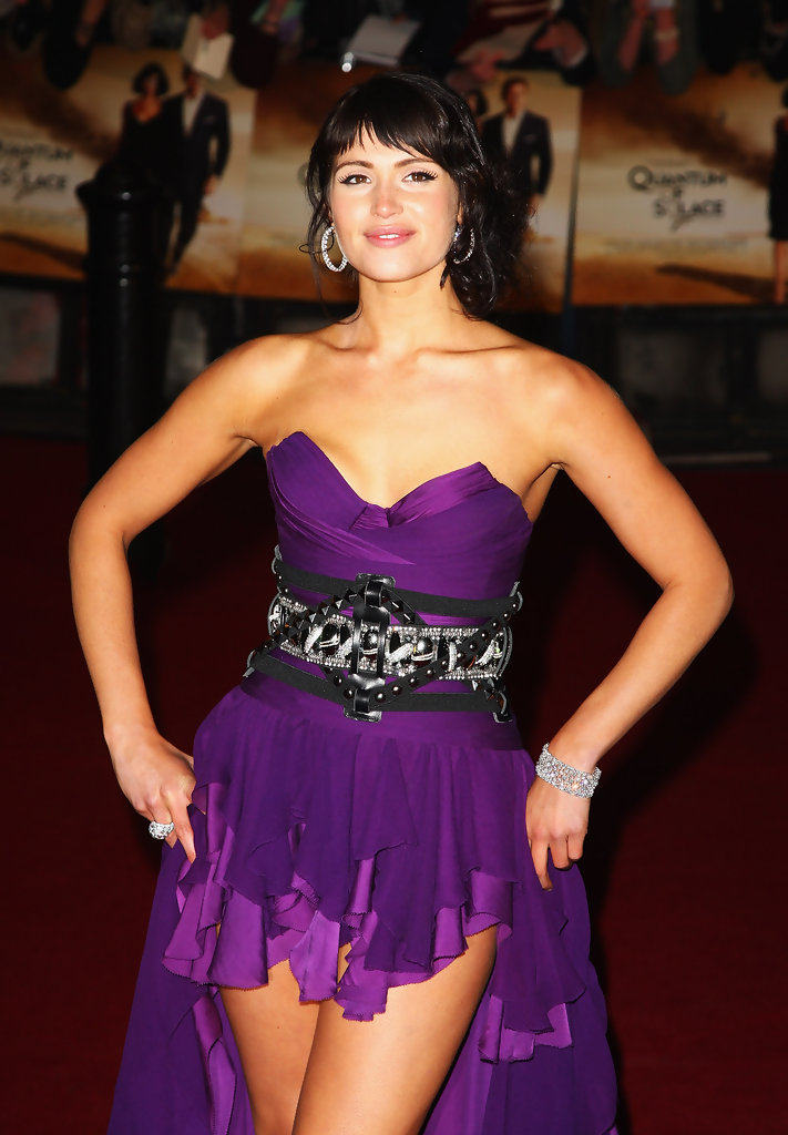 Gemma-Arterton-Shorts-Images