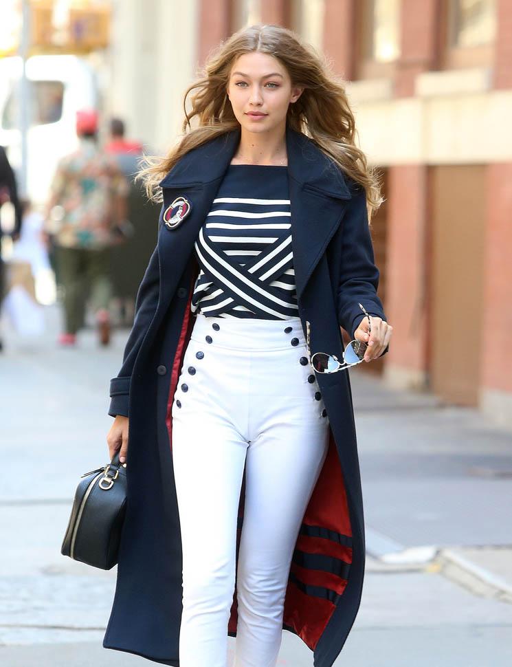 Gigi-Hadid-Jeans-Photos