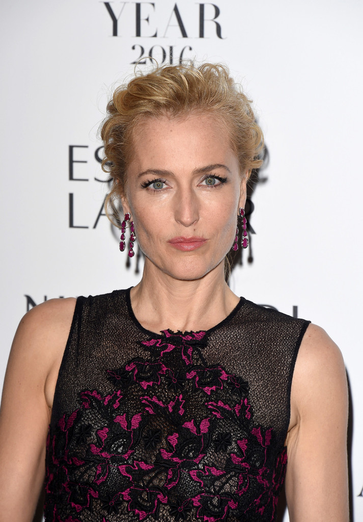 Gillian-Anderson-Bold-Images