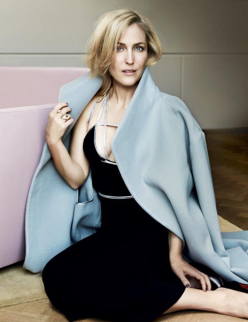Gillian-Anderson-Hot-Sexy-Pics