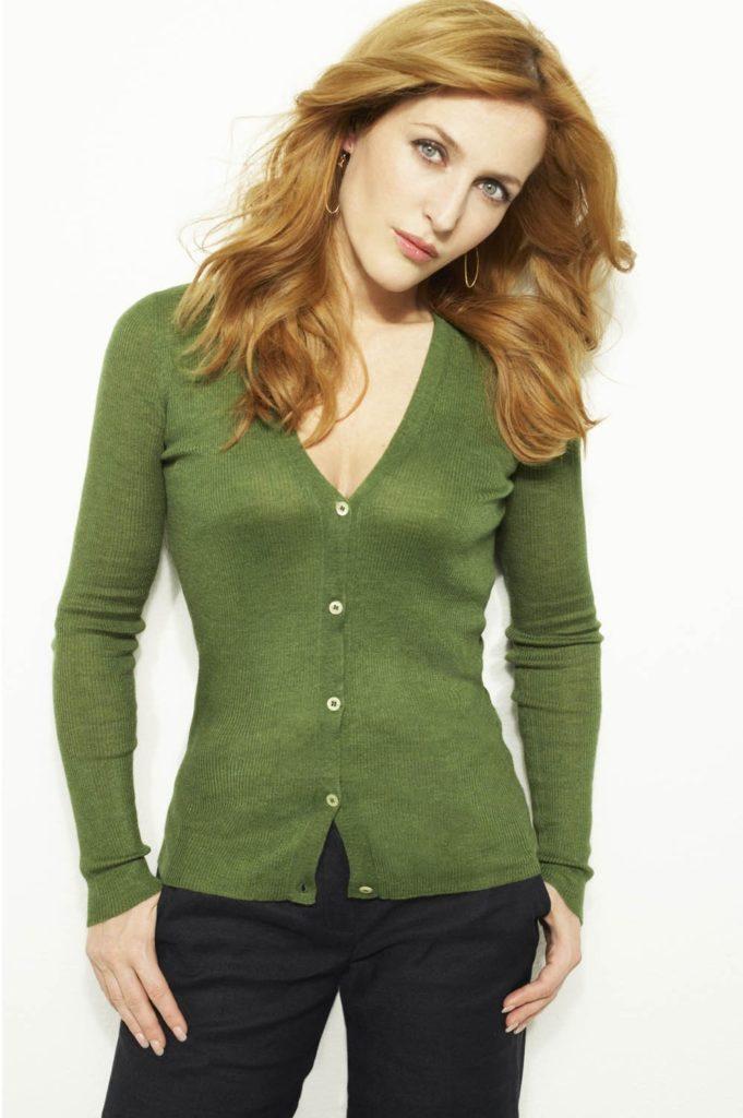 Gillian-Anderson-Jeans-Photos