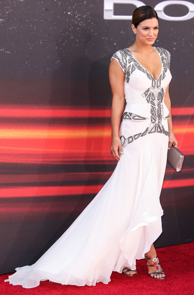 Gina-Carano-Gown-Wallpapers