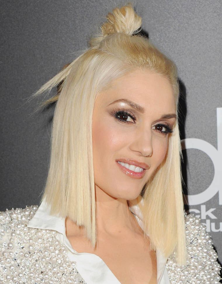 Gwen-Stefani-Sexy-Smile-Images