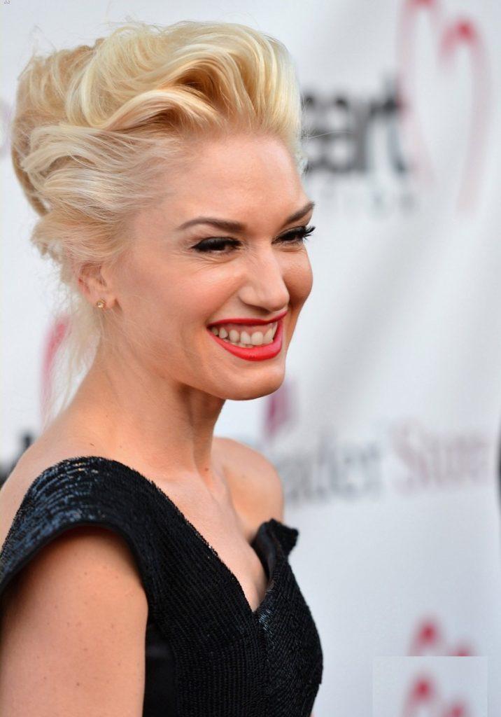 Gwen-Stefani-Smile-Images