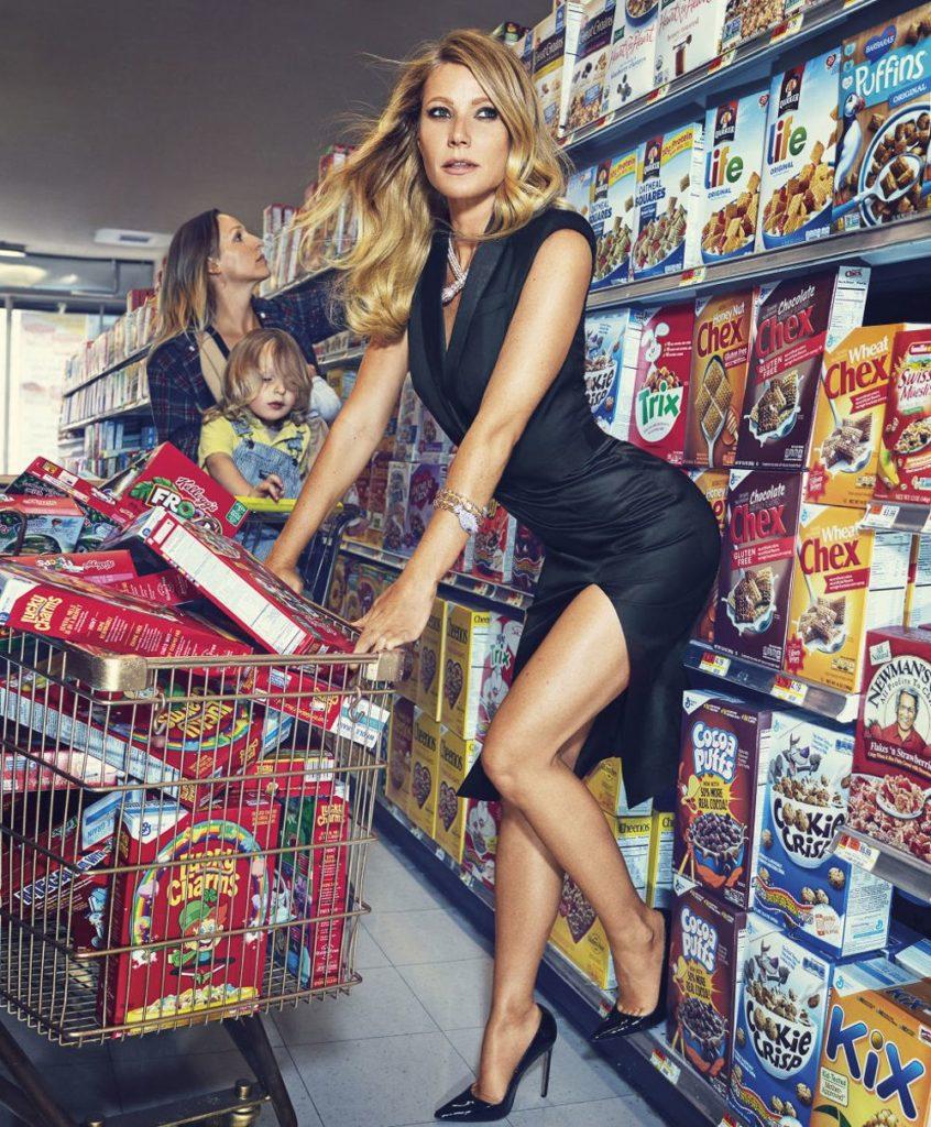 Gwyneth-Paltrow-Feet-Images