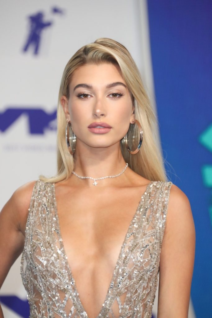 Hailey-Bieber-Braless-Images